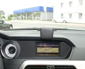 Mercedes C-Klasse (W204 Facelift) Baujahr ab 03/2011 KFZ Navi Konsole Halterung