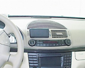 Mercedes E-Klasse (W211) Baujahr 2002 bis 02/2009 KFZ Navi Konsole Halterung