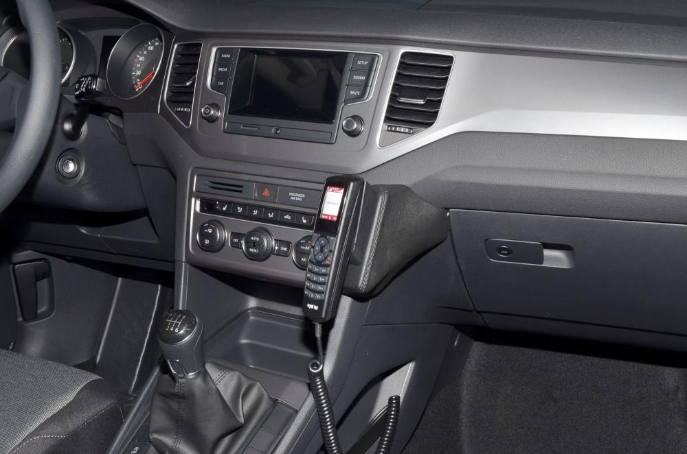 vw golf sportsvan handyhalterung kfz halterung konsole ab baujahr 02 2014 fahrzeugspezifisch. Black Bedroom Furniture Sets. Home Design Ideas