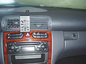 Mercedes C-Klasse (W203) DashMount Baujahr 2001 bis 2006 KFZ Navi Handy Halterung