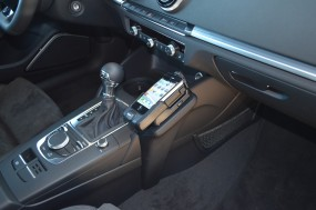 Audi A3 (8V) ab Baujahr 08-2012 Kuda KFZ Halterung Konsole