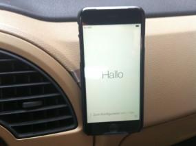 iPhone 6 und EasyMount universal Handyhalterung