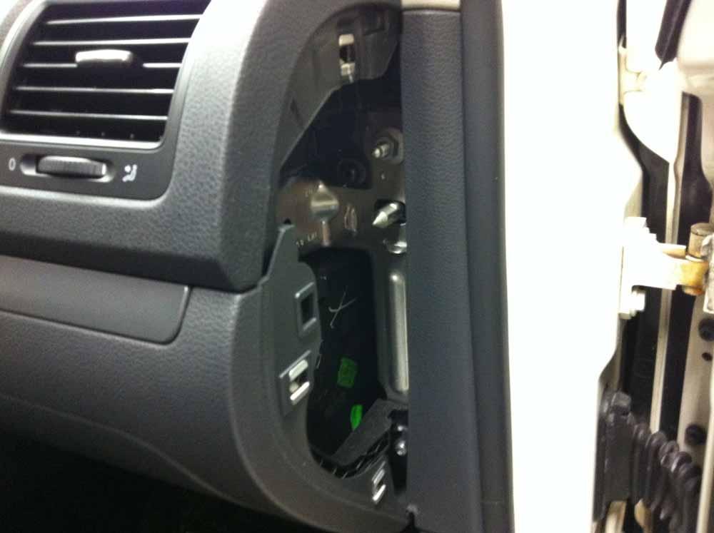 VW Golf 5 Mikrofon einbauen für Bury Freisprecheinrichtung